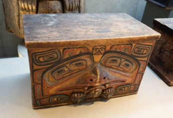 Haida Chest (bent box), pre 1901, approx. ½ meter high and wide. Source: UBC, Museum of Anthropology, Vancouver, British Columbia, Canada, 2017. Photo by: Thomas Quine