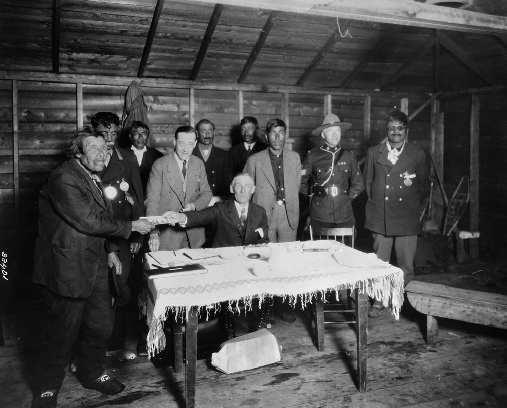 Treaty Payments being made in 1930. Credits to: Library and Archives Canada MIKAN No. 3348407